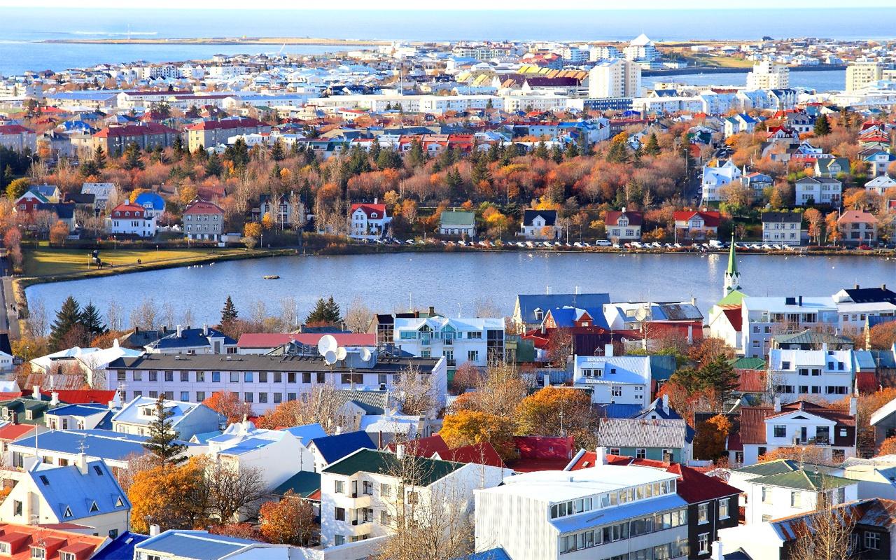 İzlanda'da meğer Türk öldürmek serbestmiş! Ordusu olmayan tek NATO üyesi