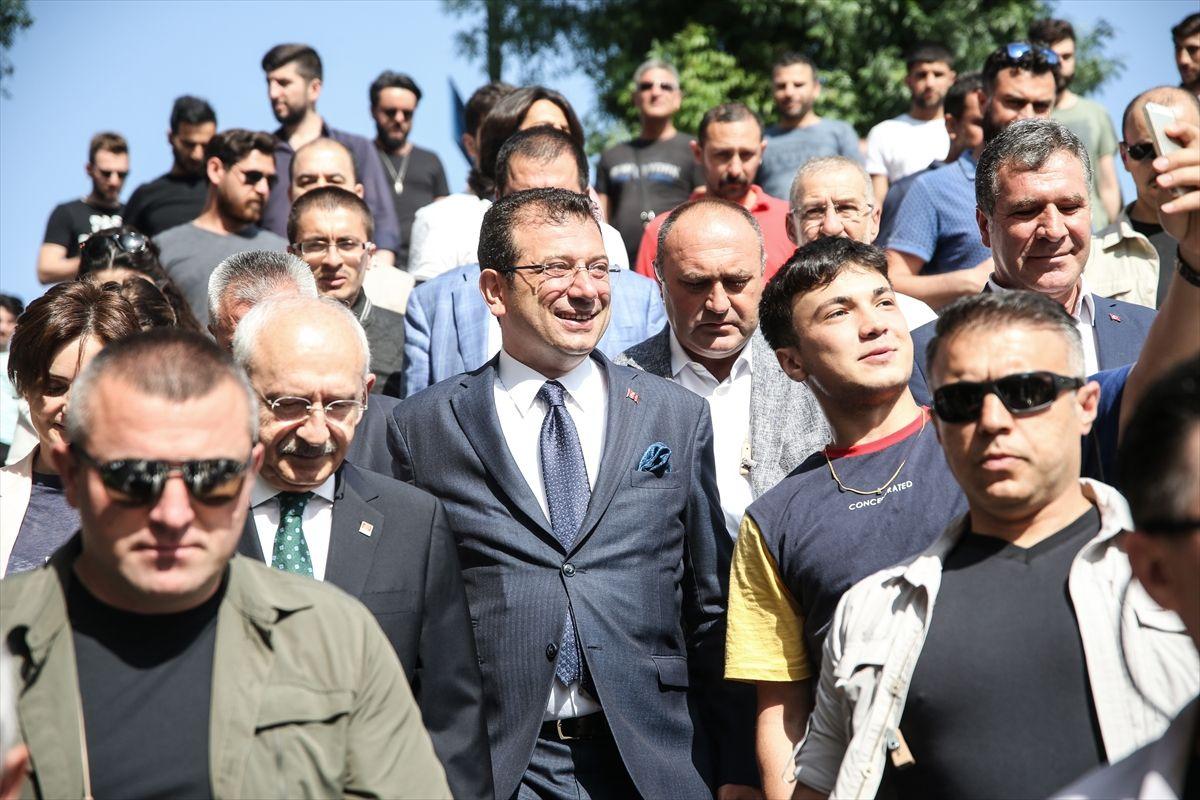 Kılıçdaroğlu ve İmamoğlu'ndan ilk İBB başkanının kabrine ziyaret - Sayfa 2