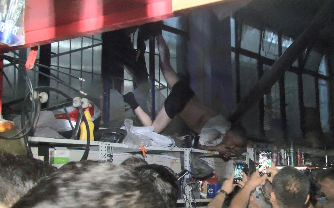Bursa'da hırsız 4 metre yükseklikte sıkışarak asılı kaldı