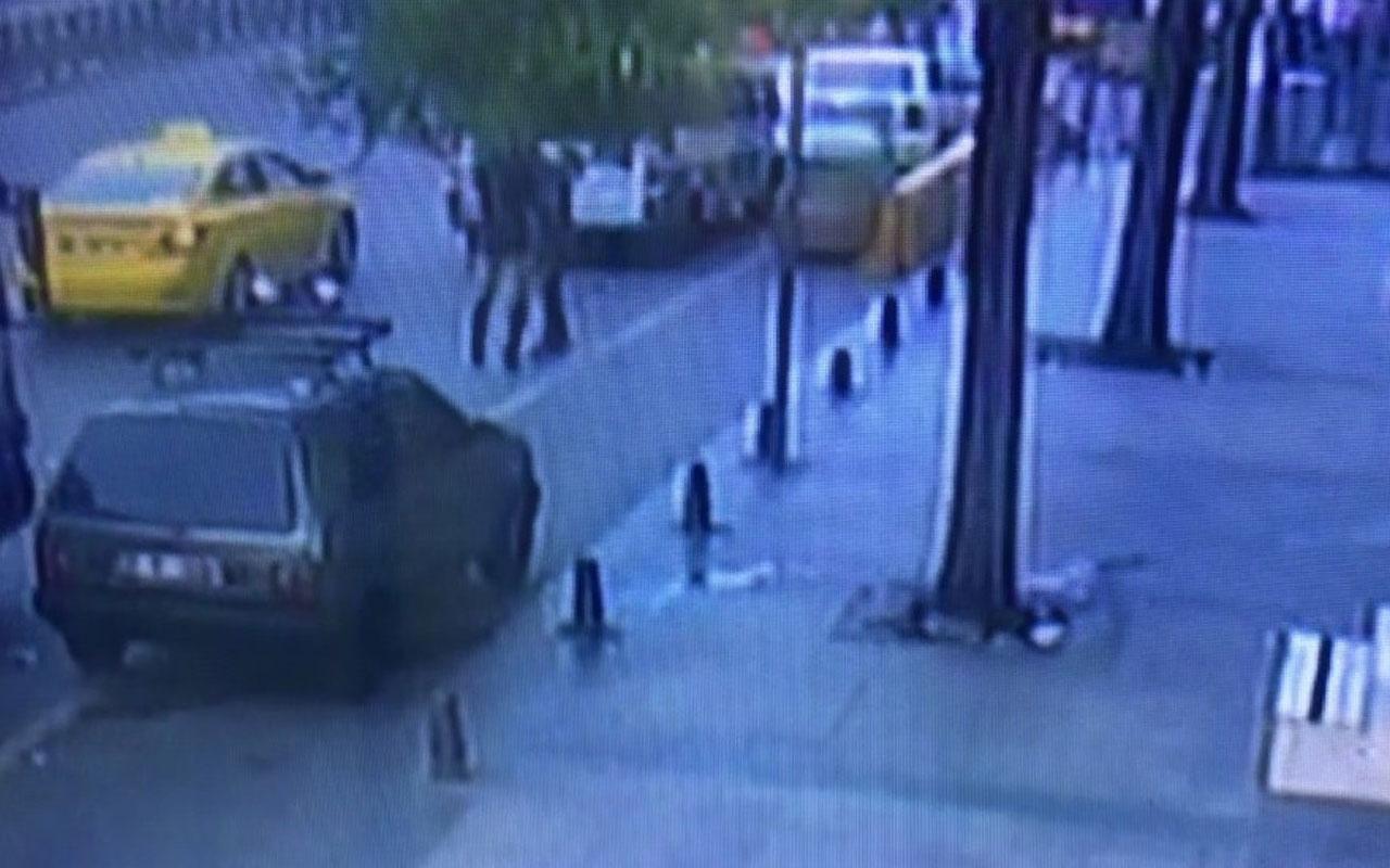Trans bireyin gasp ettiği vatandaşı darp etmesi güvenlik kamerasında