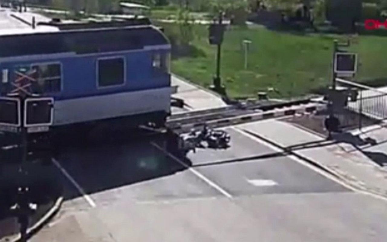 Hemzemin geçitte kaza yapan yaşlı adamın hayatını kurtardı