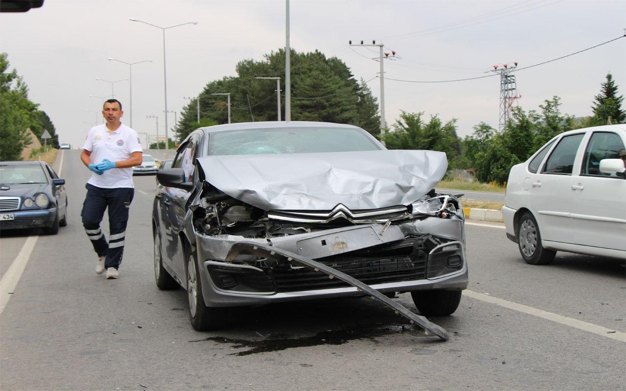 Eskişehir'de trafik kazası: 1'i bebek çok sayıda yaralı var