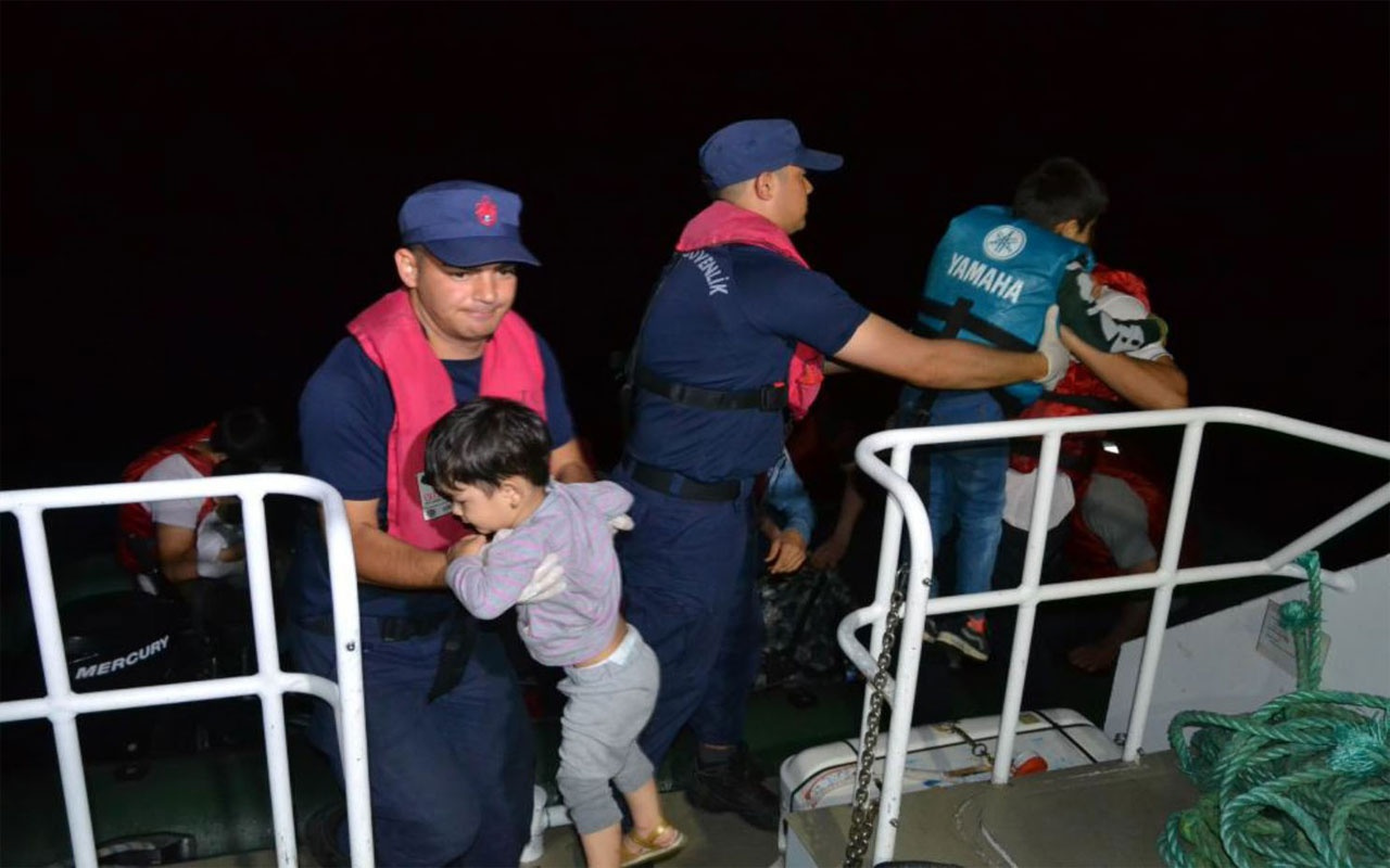 Balıkesir'de sahil güvenlik tarafından 17 Afgan uyruklu mülteci yakalandı