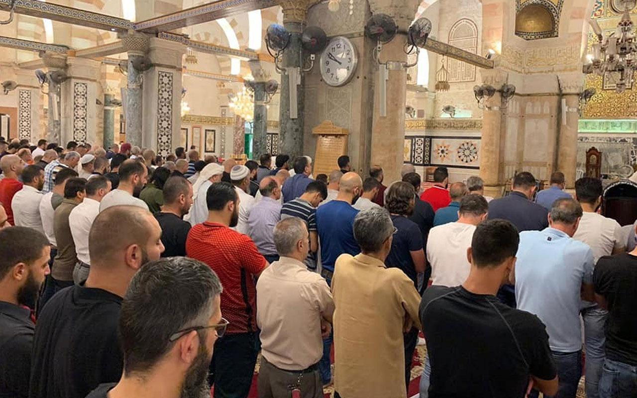 Muhammed Mursi için Mescid-i Aksa'da gıyabi cenaze namazı