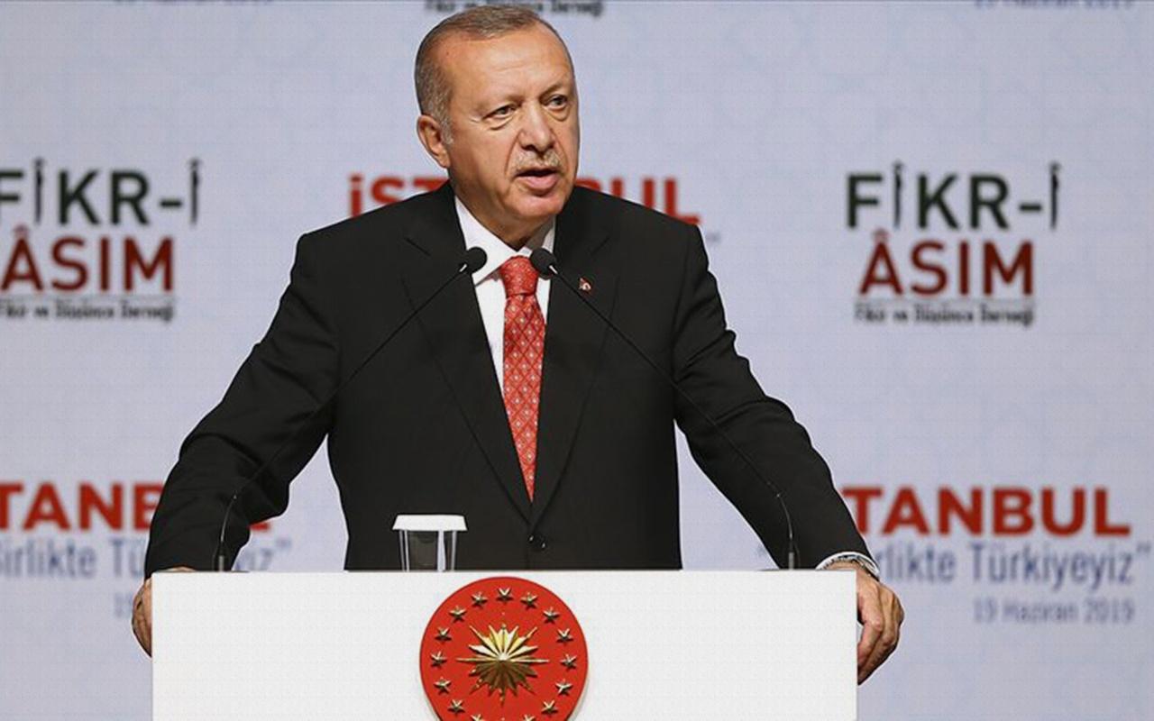 Cumhurbaşkanı Erdoğan: Moderatör denilen zat bütün bilgileri veriyor