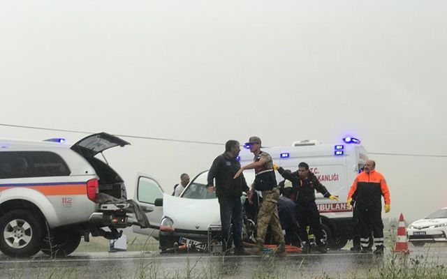 Sivas'ta TIR'la çarpışan aracın sürücüsü öldü