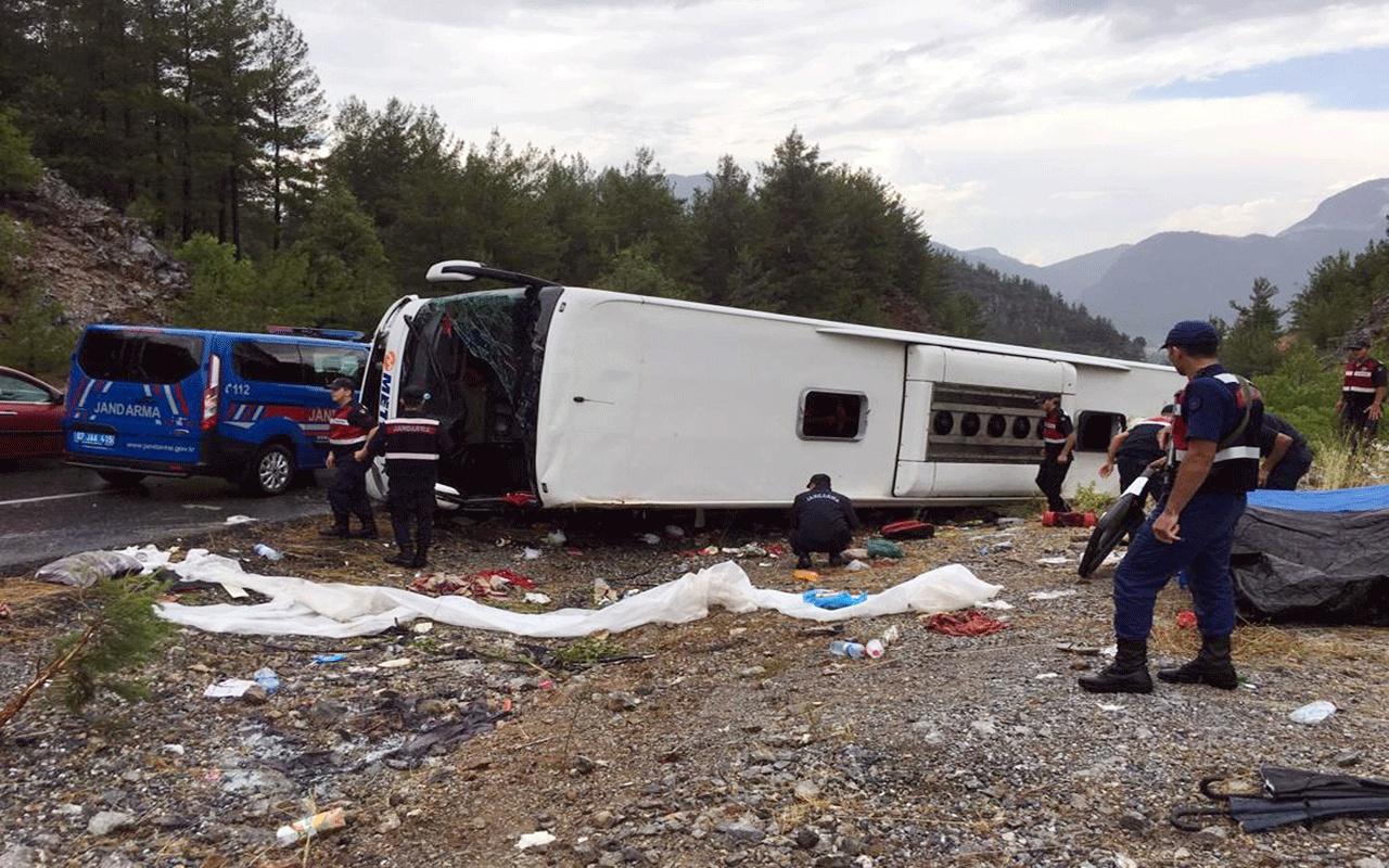 Antalya Akseki'de yolcu otobüsü devrildi! Çok sayıda yaralı var