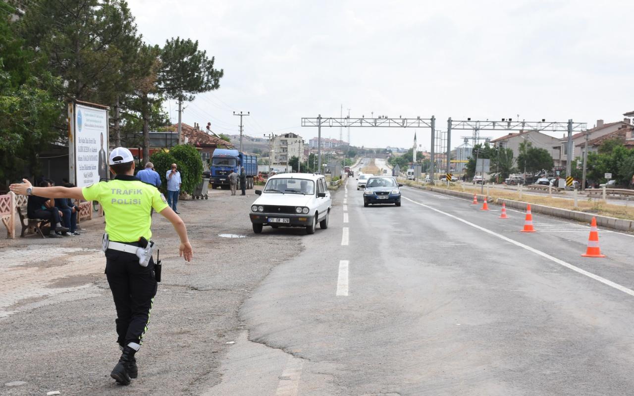 Selde kapanan Kırıkkale-Samsun karayolu trafiğe açıldı