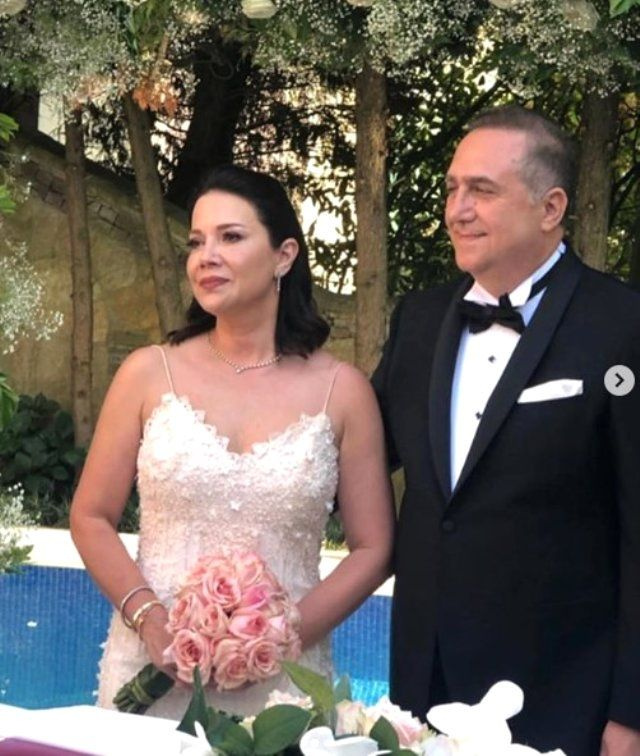 Kızının düğününde ortaya çıkmıştı! Acun Ilıcalı'nın eski eşi evlendi!