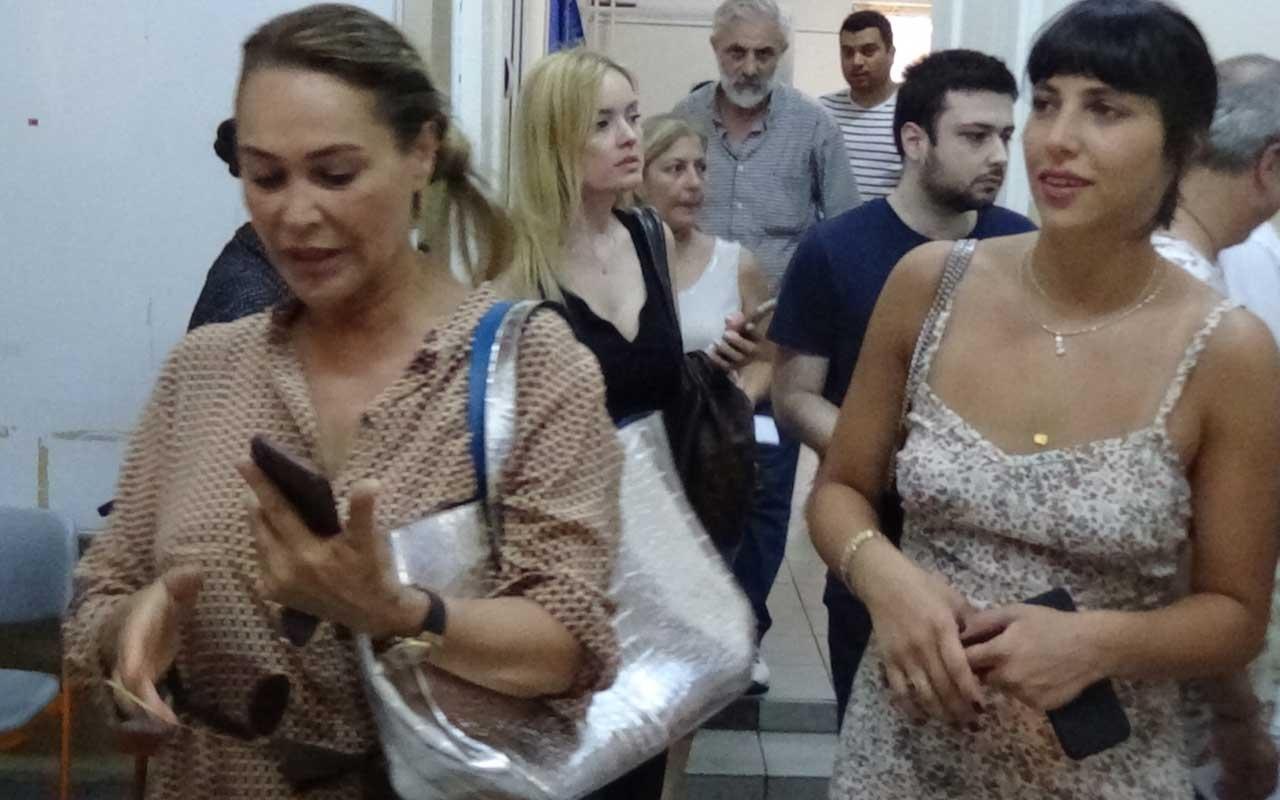Hülya Avşar kızı Zehra Çilingirolu ile oyunu kullandı