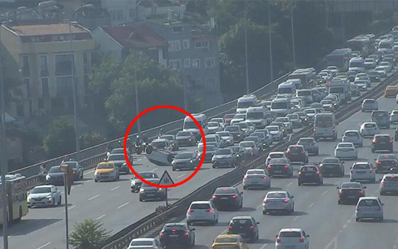 15 Temmuz Şehitler Köprüsü'nde kaza! Otomobil takla attı