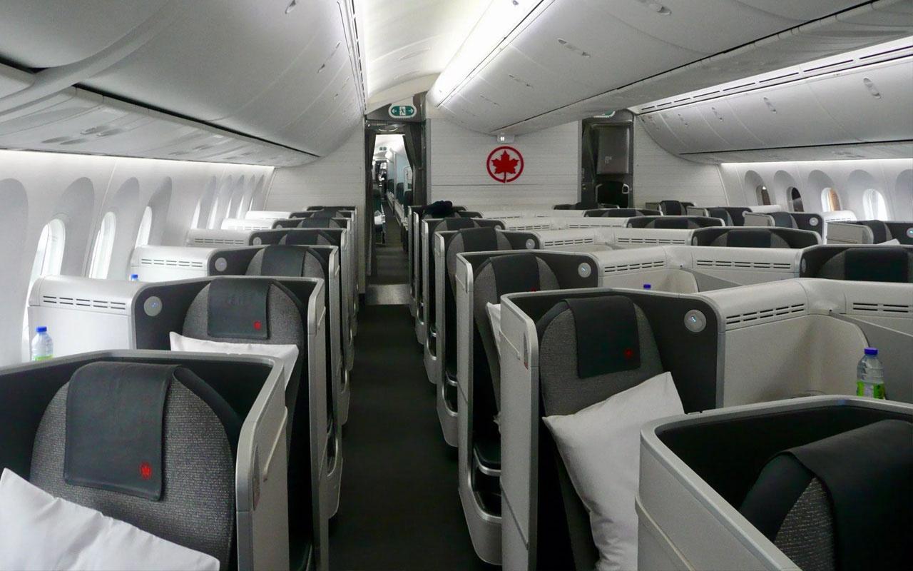 Dünya bu olayı konuşuyor: Kadın yolcu uçakta uyuyakalınca unutuldu