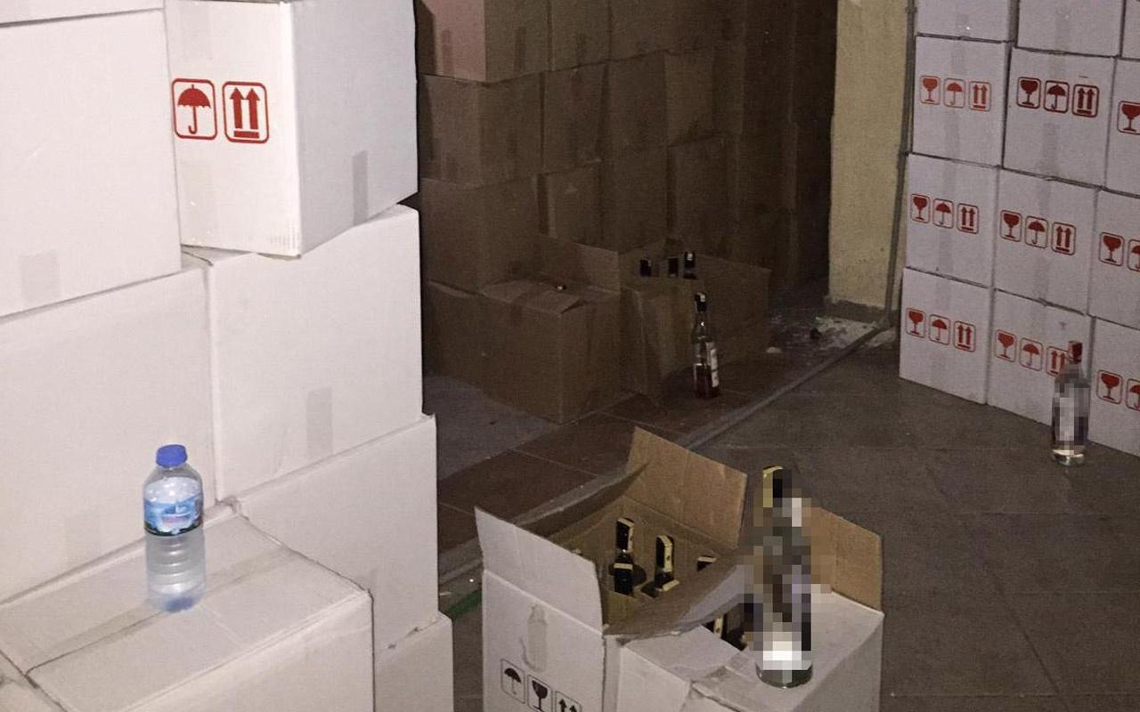 Marmaris'te yapılan operasyonda 6 bin 849 şişe sahte içki ele geçirildi