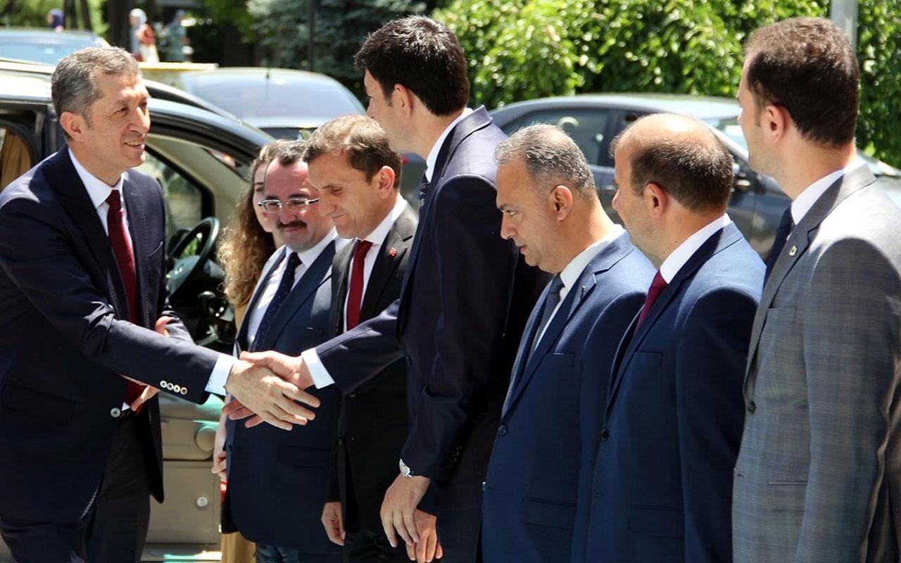 Milli Eğitim Bakanı Ziya Selçuk,Erzincan'da