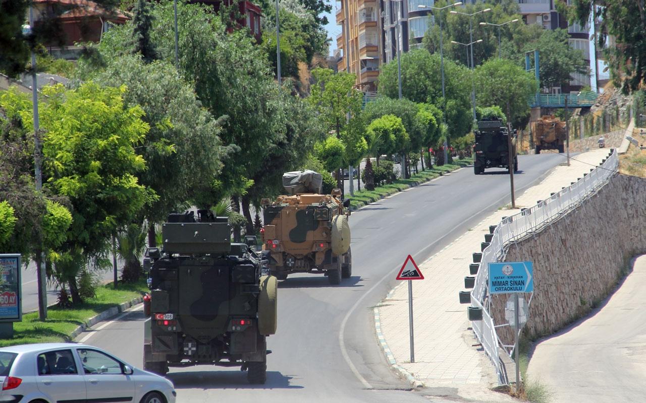 Esed saldırısı sonrası Suriye sınırına dikkat çeken askeri sevkiyat