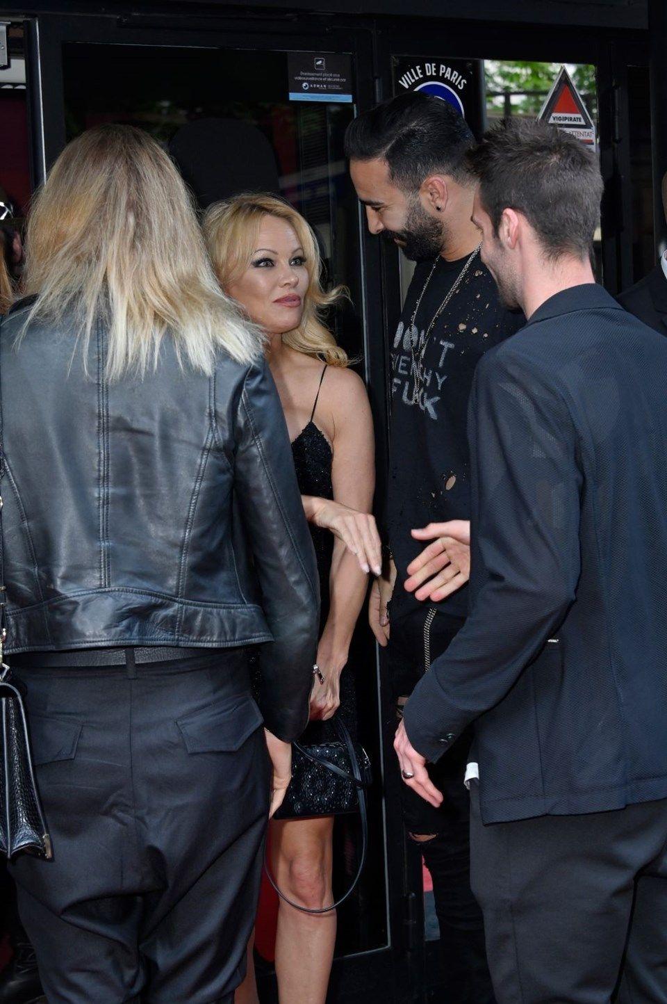 Adil Rami'den 'aldatıldım' diyen Pamela Anderson'a canavar yanıtı