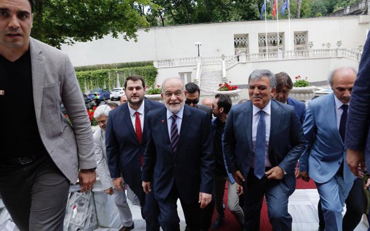 Saadet Partisi'nin D-8 etkinliği Abdullah Gül'e dikkat çeken karşılama