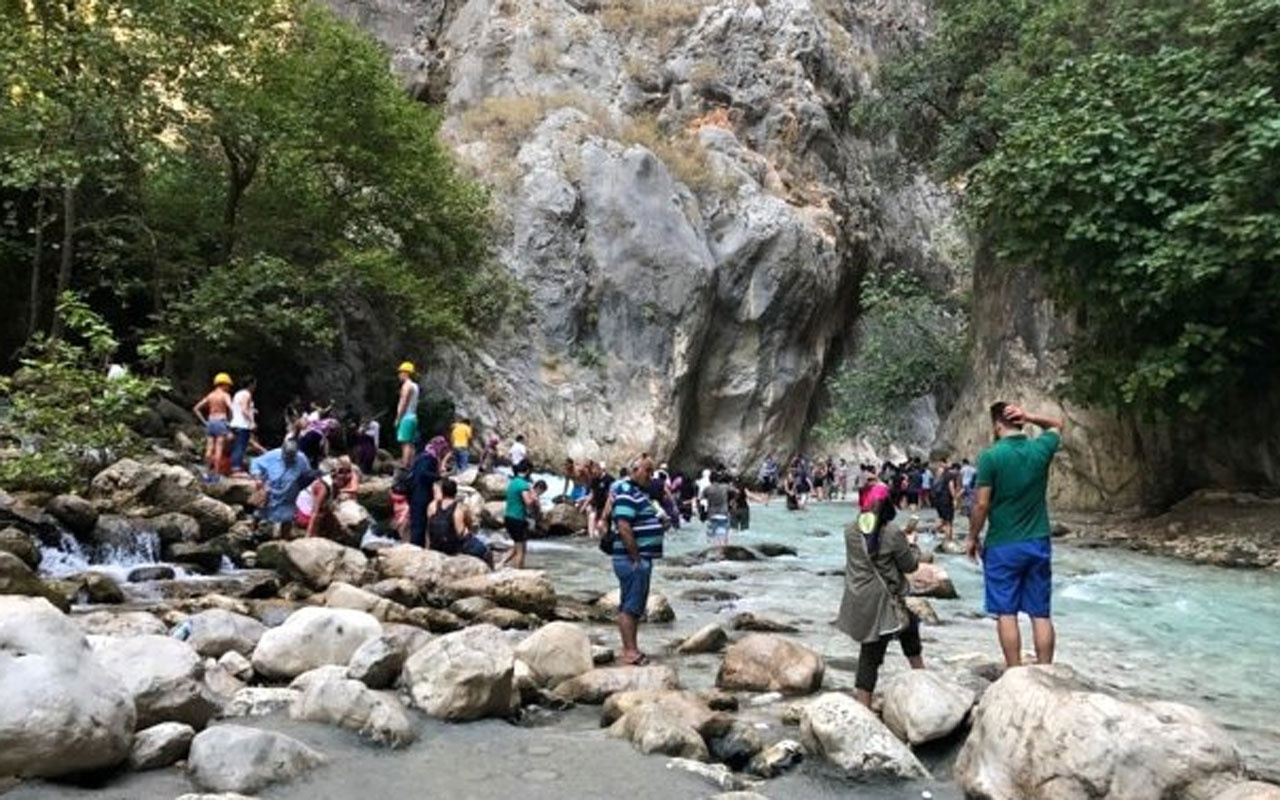 Çobanın tesadüfen keşfettiği Saklıkent Kanyonu! Yüzbinlerce turist ziyaret ediyor