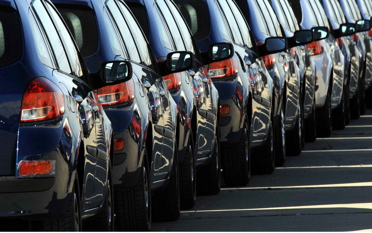 Otomotiv pazarı yılın ilk yarısında yüzde 45 daraldı