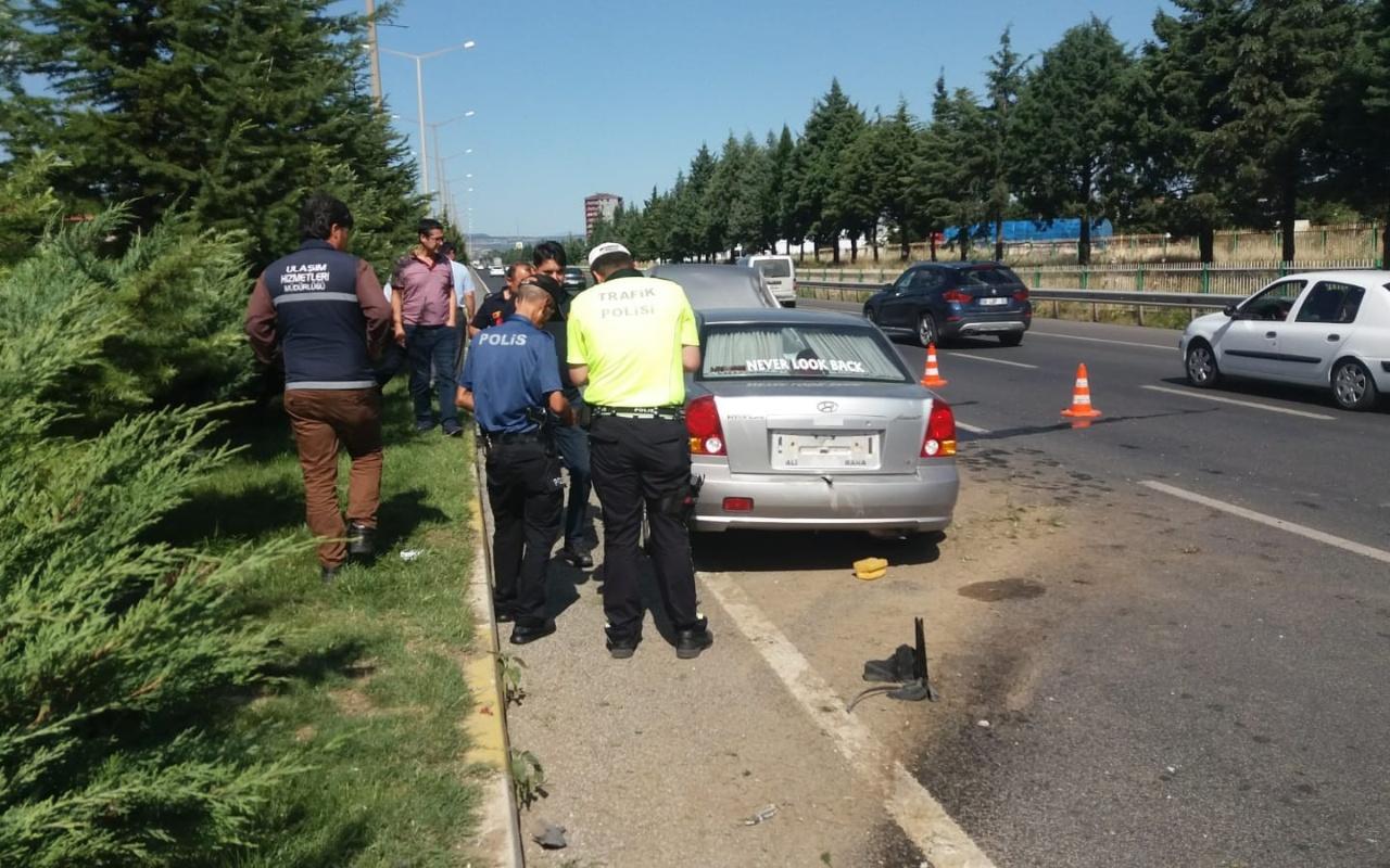 Uşak'ta kazaya giden polis büyük şok yaşadı