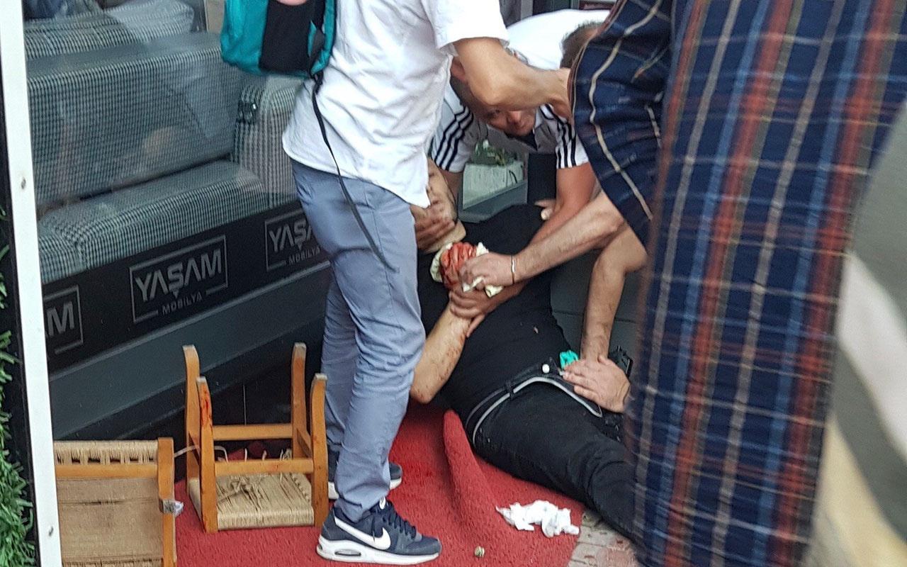 Kocaeli'de arkadaşlarıyla oturan bir kişi vuruldu