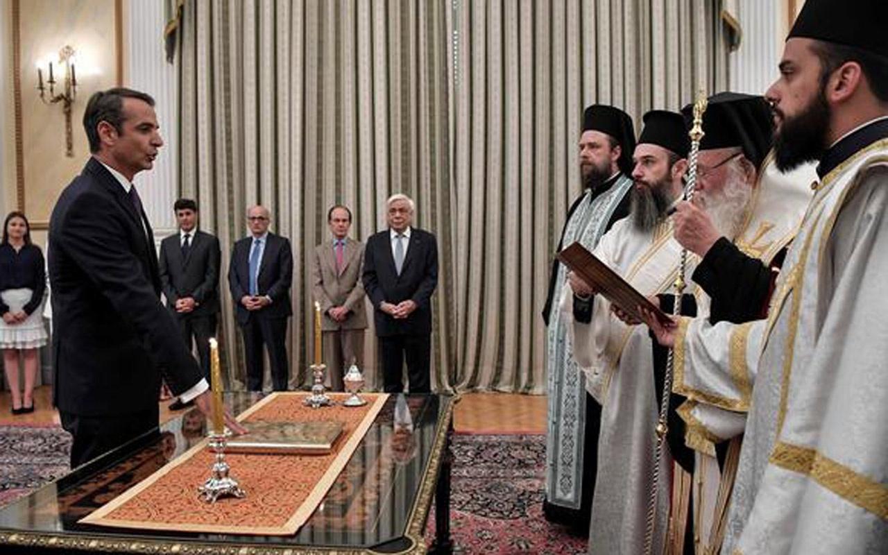 Yunanistan Başkanı Kiriakos Miçotakis dini törenle görevi devraldı