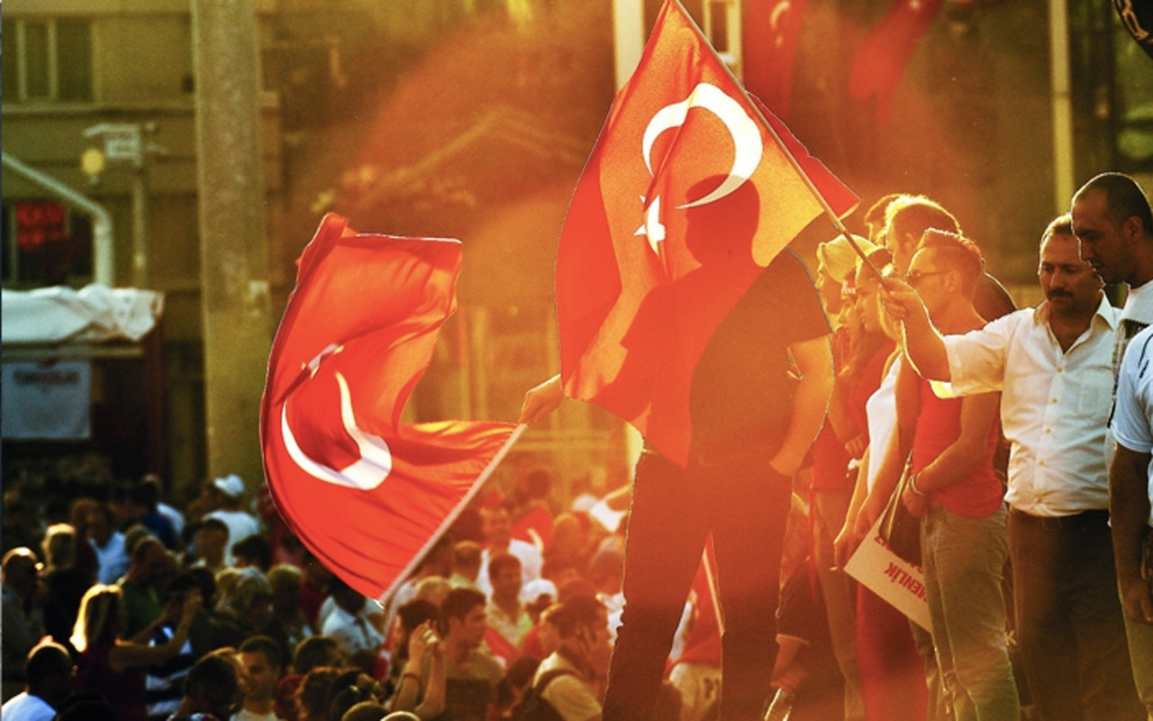 15 Temmuz mesajları kısa resimli 15 Temmuz demokrasi bayramı sözleri