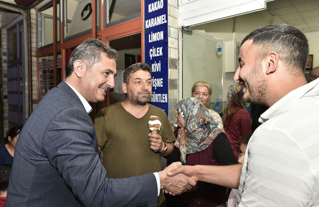 Mamak Belediye Başkanı Köse'den hem gündüz hem gece mesaisi