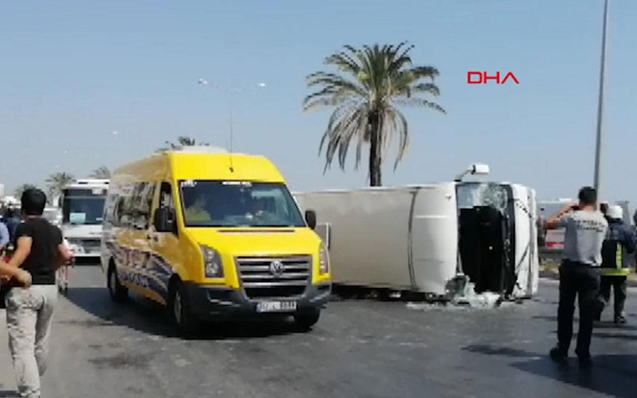 Manavgat'ta tur midibüsü devrildi 16 yaralı