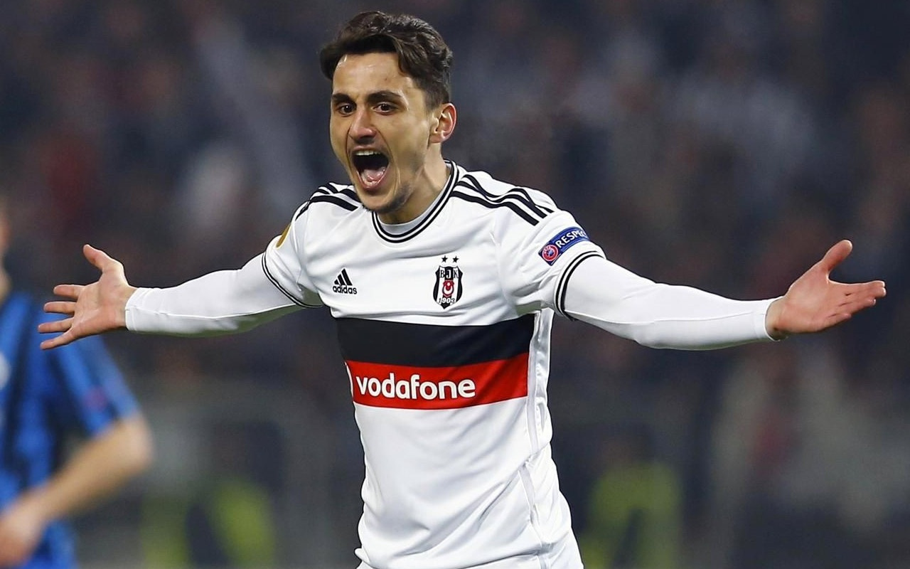 Trabzonspor, tecrübeli golcü Mustafa Pektemek'e teklif götürdü