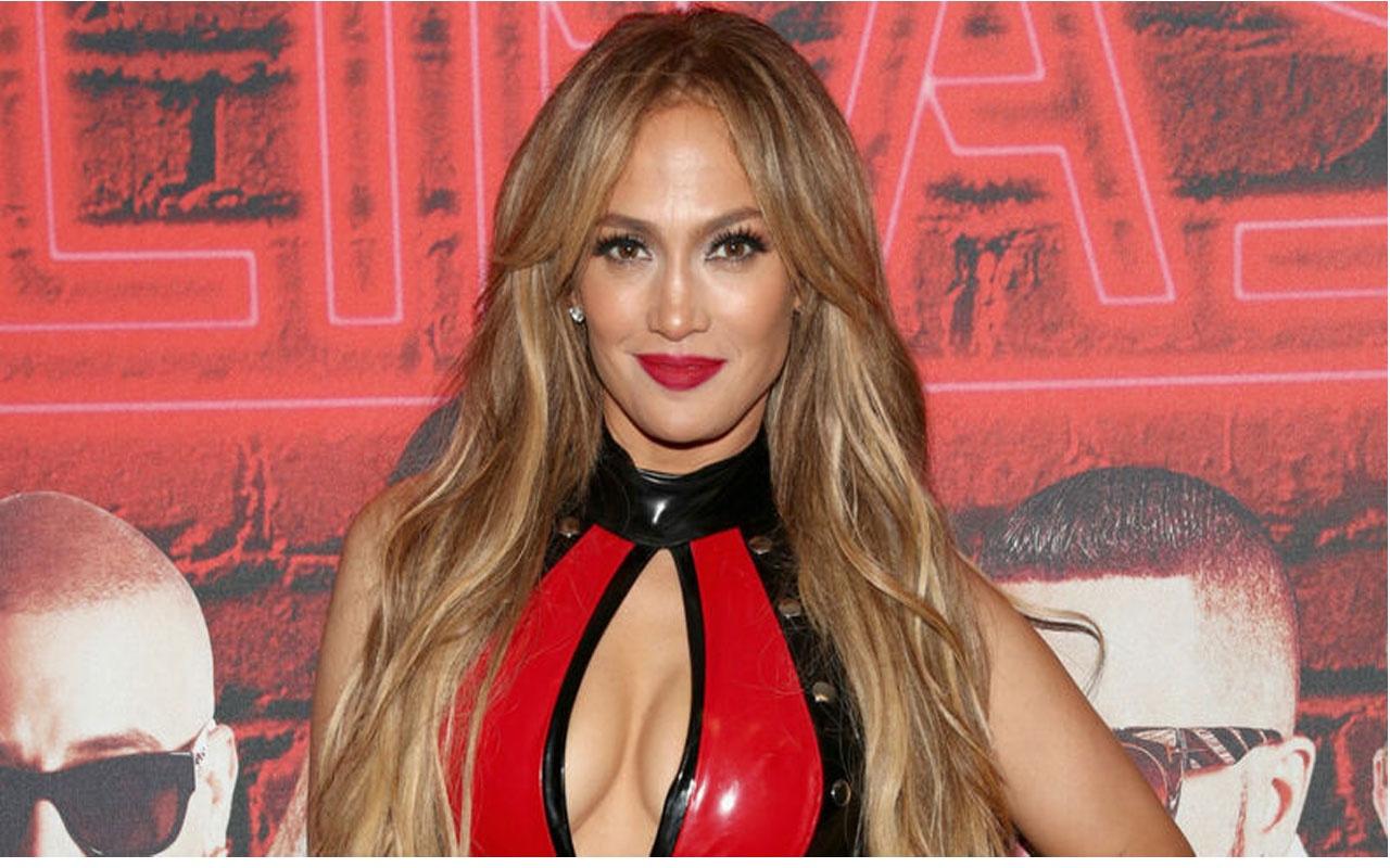 Antalya'da konser verecek olan Jennifer Lopez striptizci oldu! Direk dansı yaptı