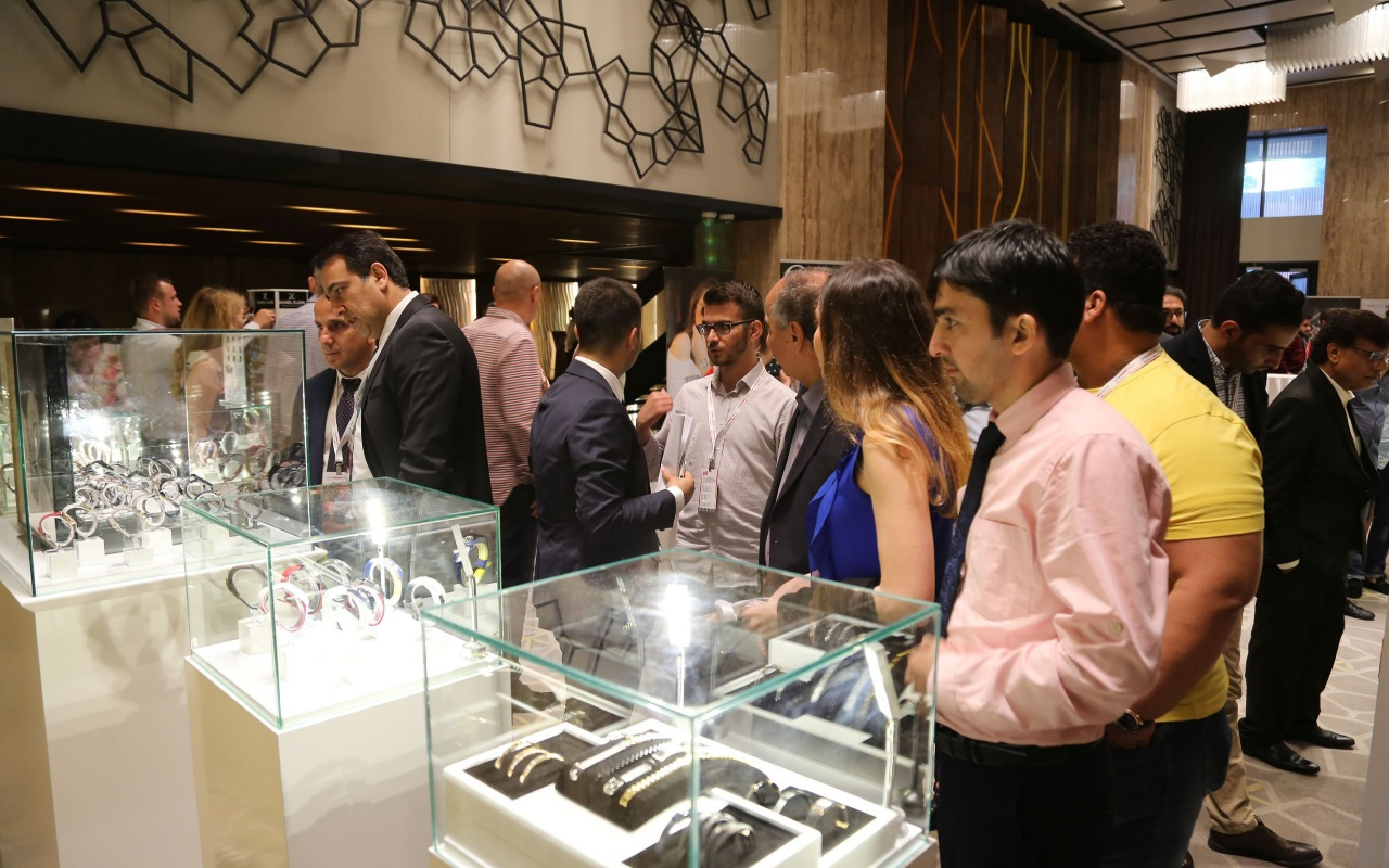 Daniel Klein fuar öncesi yeni koleksiyonlarını distribütörlerine tanıttı