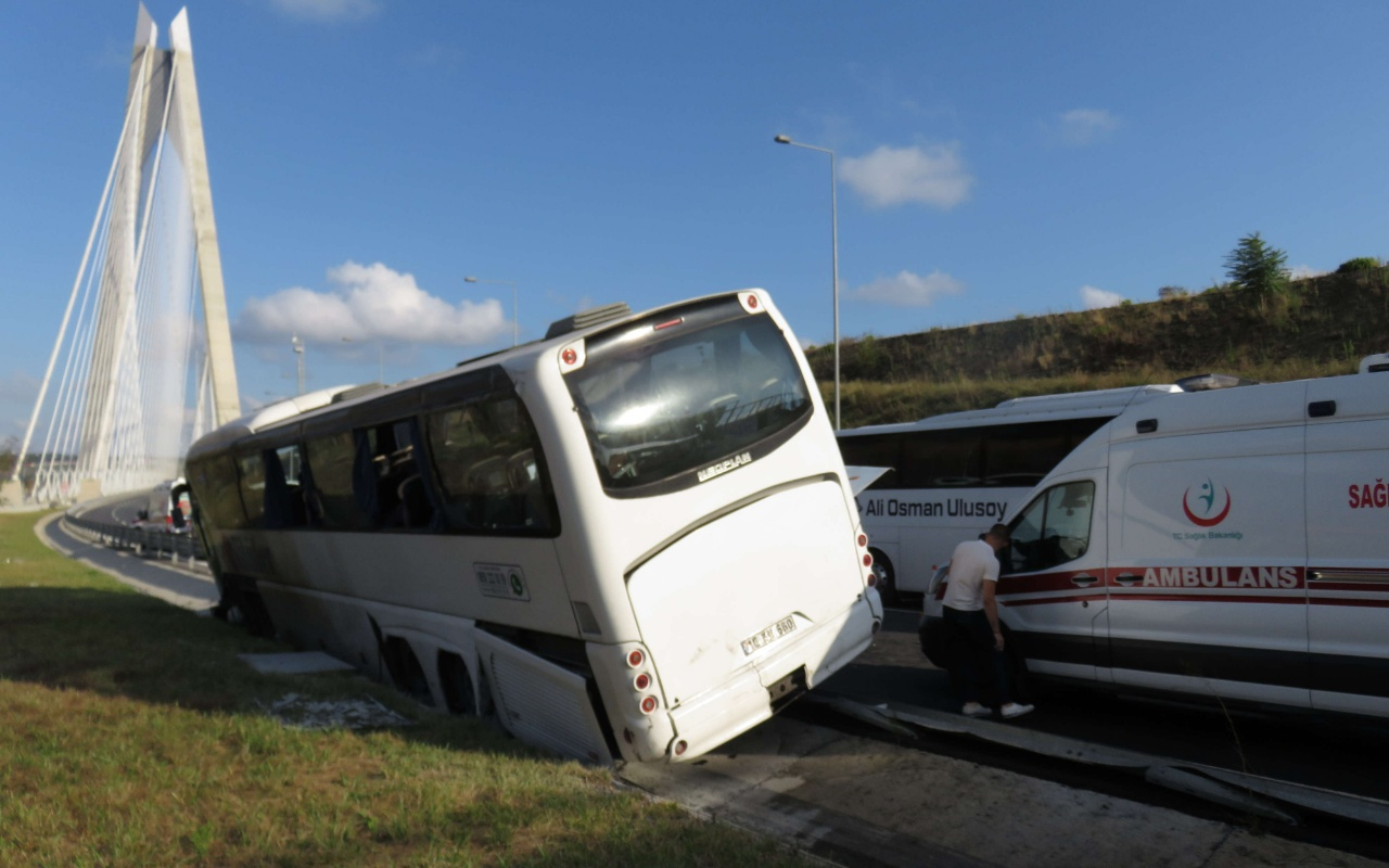 İstanbul'da yolcu otobüsü bariyerlere girdi! Yaralılar var