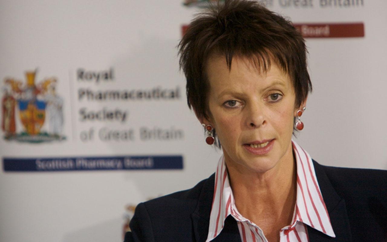 İngiltere'de istifalar art arda geliyor! Eğitim Bakanı da görevi bırakacak