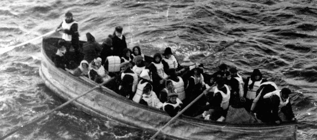 Sayesinde Titanic'ten sağ kurtulmuştu! Rekor fiyata satıldı