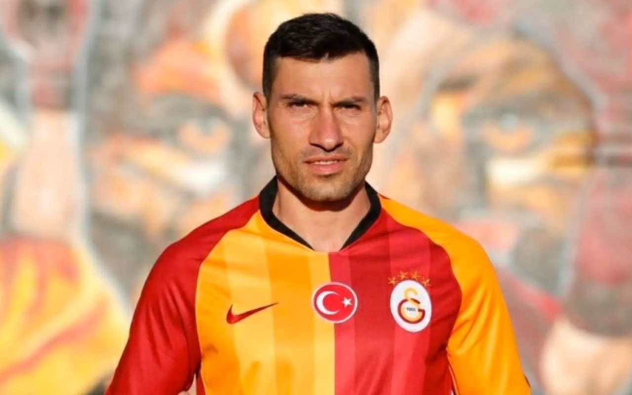 Şener Özbayraklı, Fenerbahçe'de tadamadığı şampiyonluğu Galatasaray'da tatmak istiyor