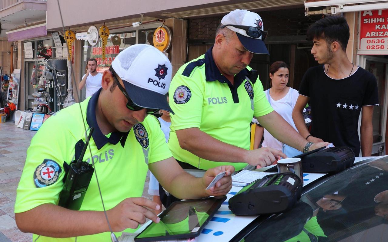 Denizli'de ceza yazılan yayalardan birinin polise söyledikleri olay oldu