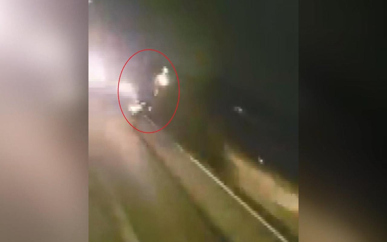 Brezilya'da hızla gelen araç motosiklete çarptı