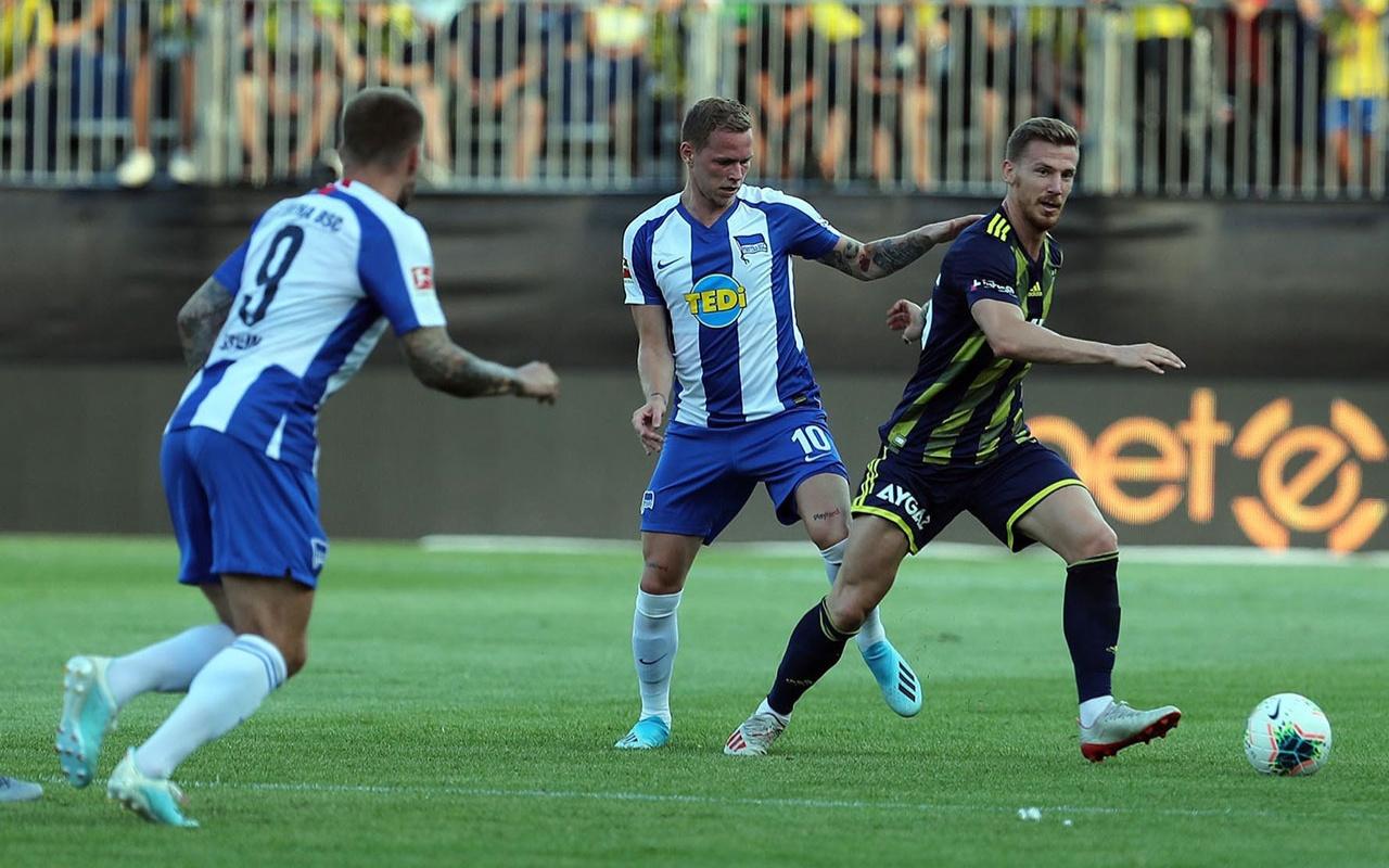 Fenerbahçe hazırlık maçında Hertha Berlin'e mağlup oldu