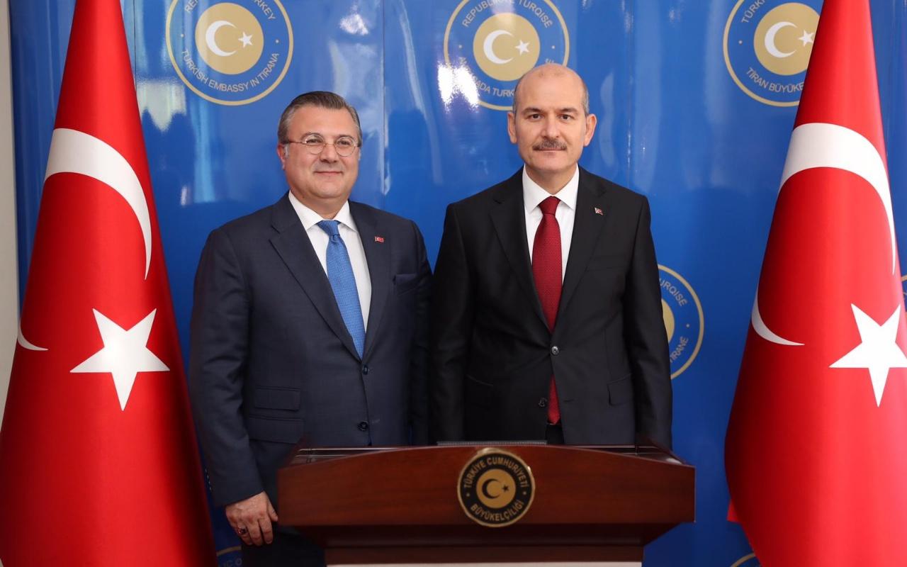 Bakan Soylu'nun Arnavutluk temasları! Ajandasında FETÖ var!