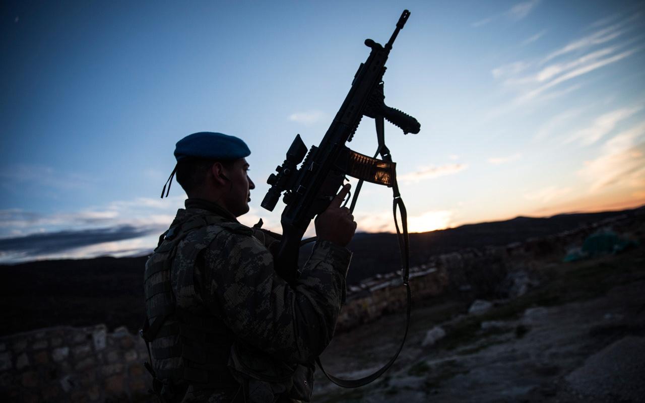 Hakkari Yüksekova kırsalında 8 terörist etkisiz hale getirildi