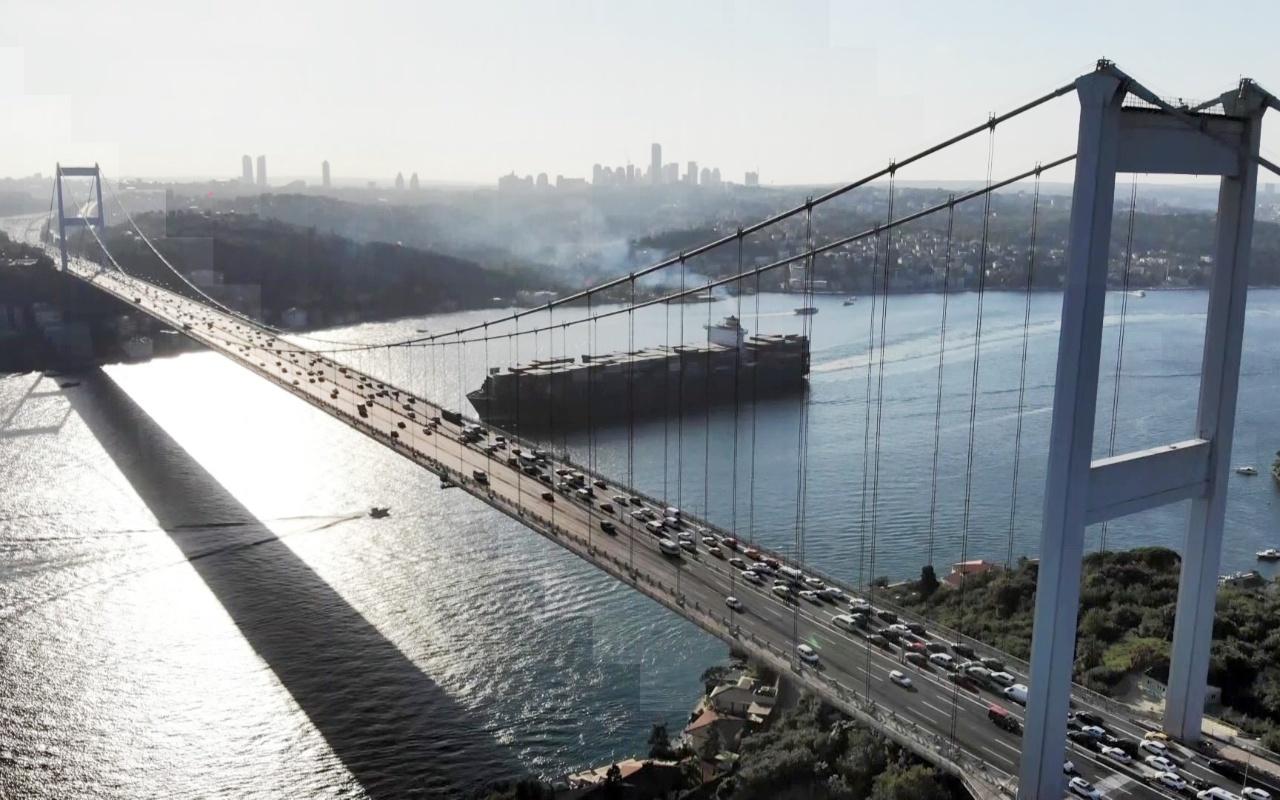 İstanbul FSM Köprüsü 31 günlük çalışmanın ardından ulaşıma açıldı
