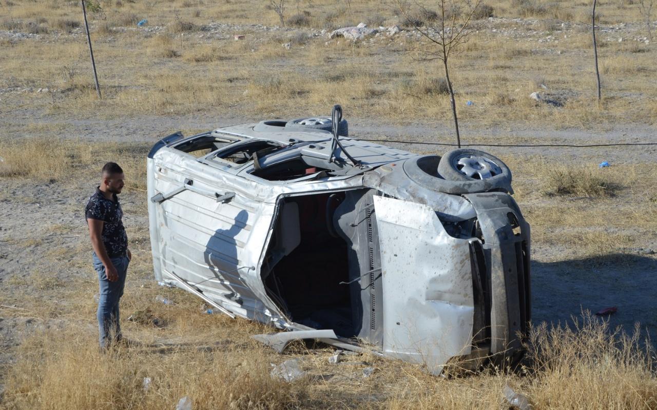 Konya'da düğün dönüşü feci kaza! 2 ölü 3 yaralı