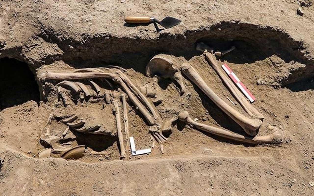Van'da kafatası olmayan 2 bin 700 yılık iskelet araştırılıyor