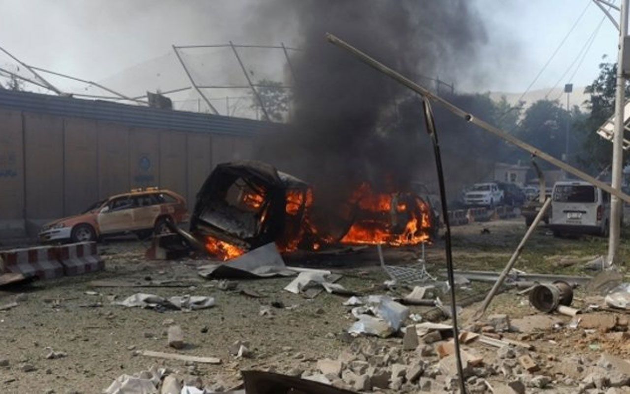Afganistan'da yolcu otobüsüne korkunç saldırı! 32 ölü