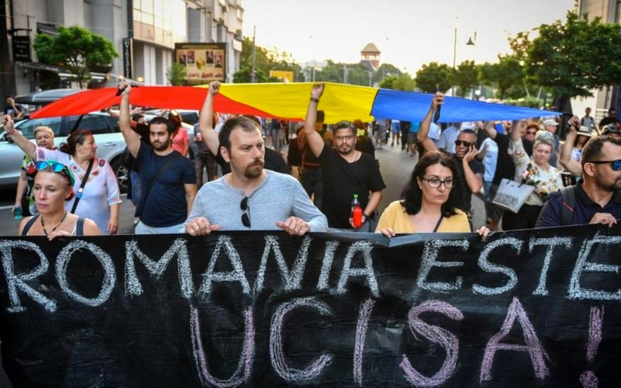 Romanya'da kız çocuğunun kaçırılıp öldürüldü, polis gecikince İçişleri Bakanı istifa etti