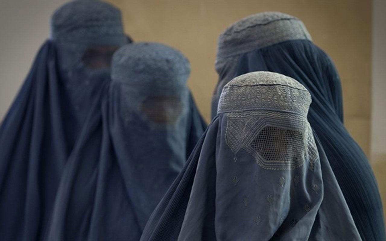 """Hollanda'da Burkalı kadınlara """"sivil müdahale"""" endişesi"""