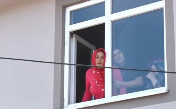 En acı vedanın fotoğrafı! Samsun'da 3 kuzen sonsuzluğa uğurlandı - Sayfa 1