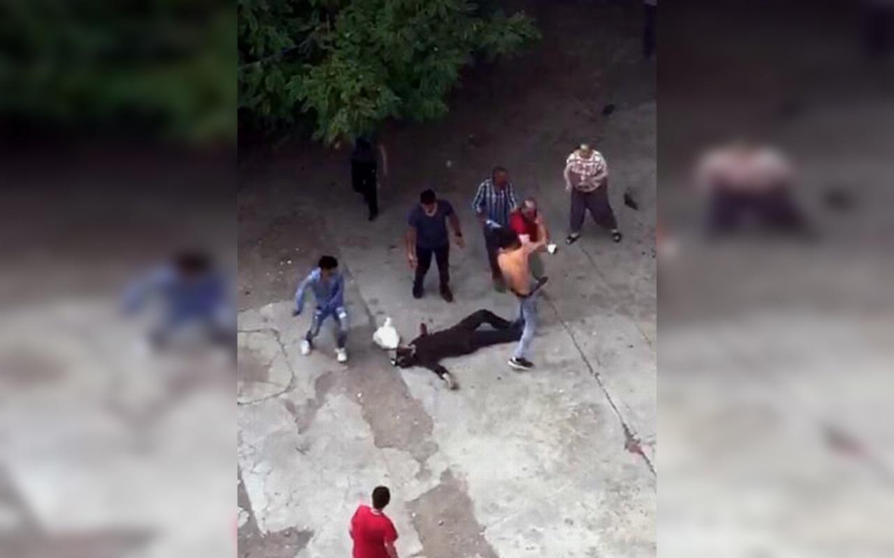 Ağrı'da çocukların kavgasına aileler de karıştı 1 ölü 4 yaralı