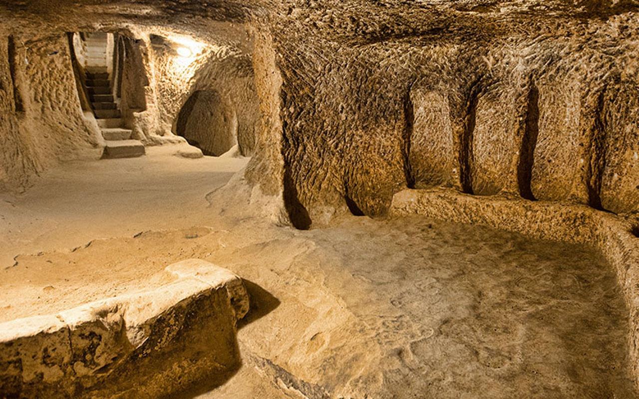 Kapadokya'da bahçe çöktü ortaya yeraltı şehri çıktı